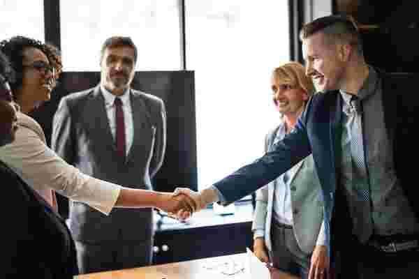 向代理公司首席执行官学习销售和创业秘诀