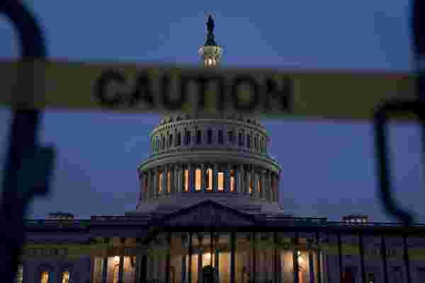 如何在迫在眉睫的政府关闭之前获得SBA贷款的批准