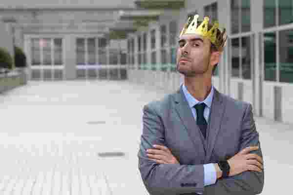 企业家的力量可能会导致你的初创公司的消亡。这是阻止它的方法。