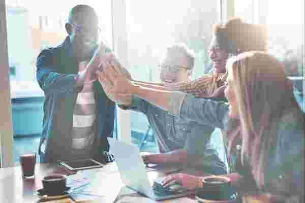 免费网上研讨会: 如何成为激励型领导者,激励员工走向成功