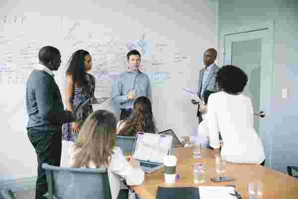真正的领导者激励和留住员工的3种方式