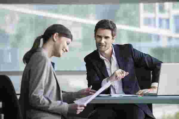 诚实的沟通使投资者感到高兴