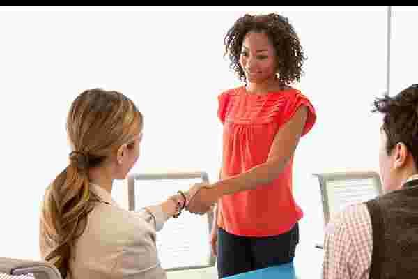 你的员工可以帮助你雇佣更聪明的5个好方法