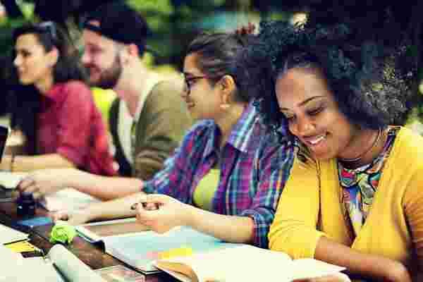 吸引和留住充满活力的千禧一代团队的6种方法