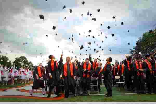 毕业典礼上毕业生不会听到的三个小贴士
