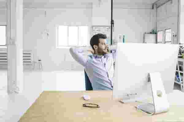 """""""我是我自己的老板"""" 的神话使许多企业家感到谦卑"""