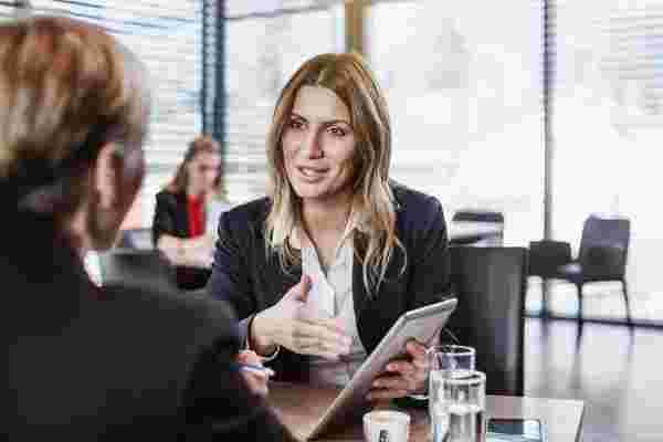 当这位天使投资者承诺只投资有女性创始人的公司时发生了什么