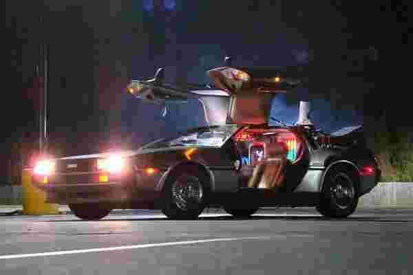 亚历克·鲍德温 (Alec Baldwin) 讨论了他关于约翰·德罗宁 (John DeLorean) 疯狂,绝望的时代的创新新纪录片